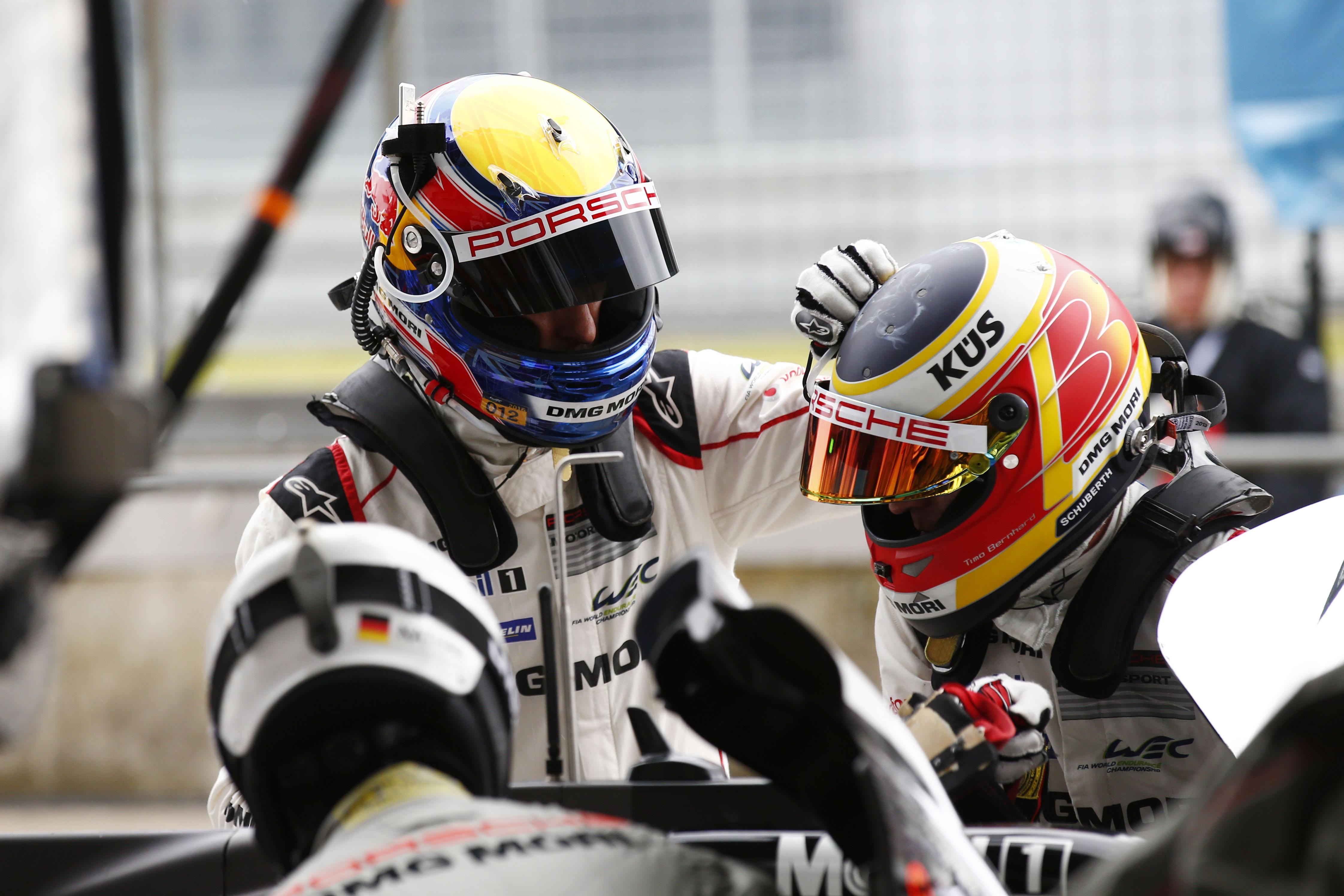 Porsche Team: Mark Webber, Timo Bernhard (l-r)